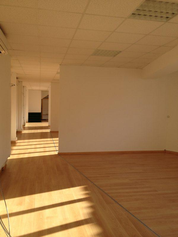LOCATION BUREAU REPEINT À NEUF – 123 m2
